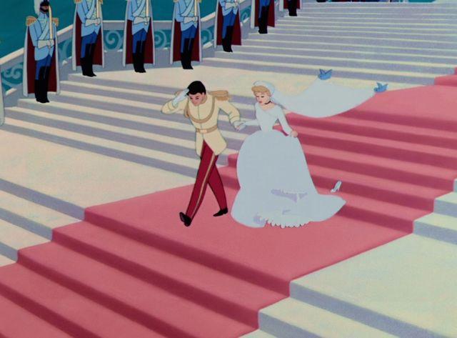 Disney DAILY                        出席したい!ディズニー映画の結婚式関連キーワードこの記事をみんなにシェアしよう!RECOMMENDED        RANKING