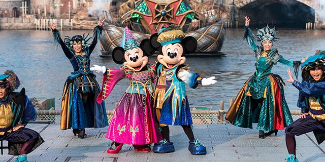 """""""ダークで妖しいハロウィーン""""を楽しもう!「フェスティバル・オブ・ミスティーク」 東京ディズニーシー®に新しいショーが登場"""