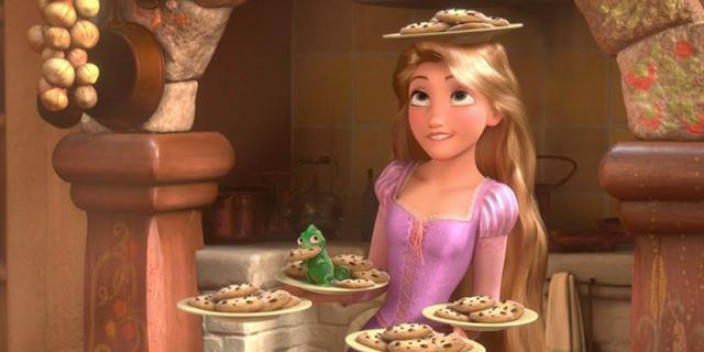 みんなを笑顔にしてしまう元気が出るお菓子は? ディズニー映画にはどんなおやつが登場する?
